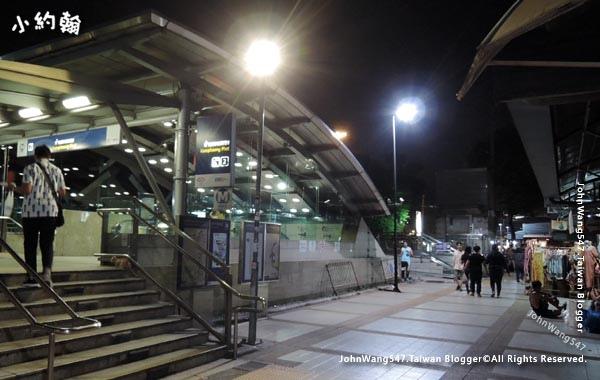 Chatuchak Weekend Night Market Satday MRT Kamphaeng Phet.jpg