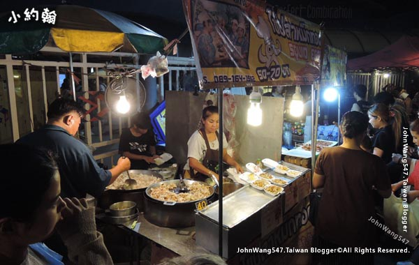 Chatuchak Weekend Night Market Satday2.jpg