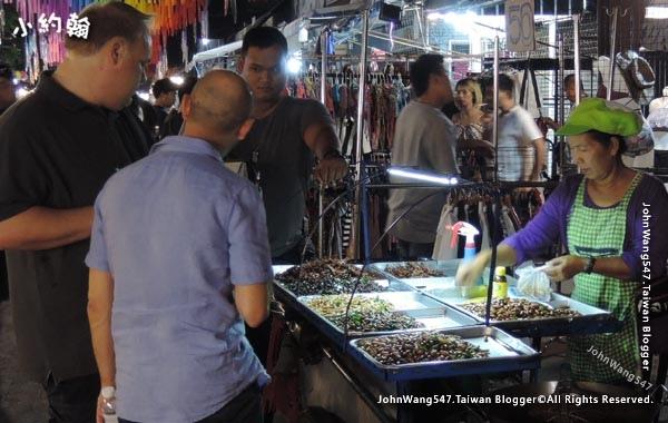 Chatuchak Weekend Night Market Sunday3.jpg