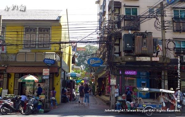 7-11 Chana Songkram Road.jpg