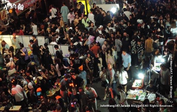 Khao San Night Market Bangkok2.jpg