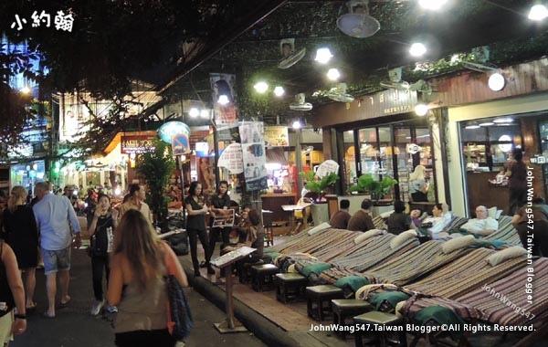 Khao San Night Market Rambuttri Road3.jpg