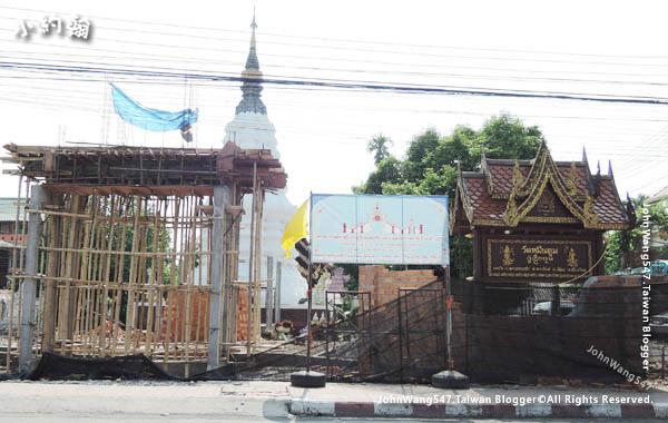 Wat Muentoom Wat Muen Tum2017Chiang Mai.jpg
