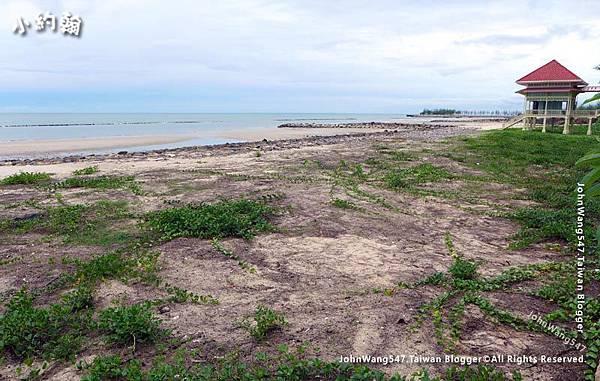 Hua Hin Mrigadayavan Palace Beach.jpg