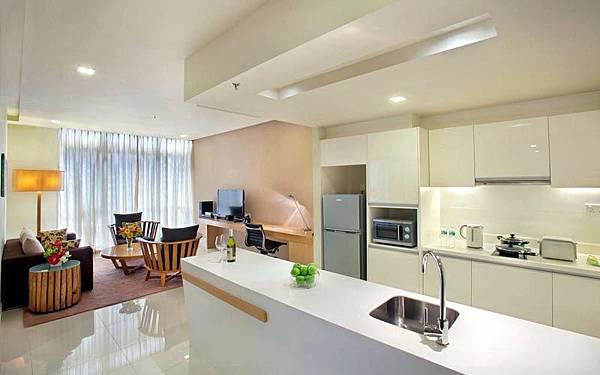 PARKROYAL Serviced Suites Kuala Lumpur room1.jpg