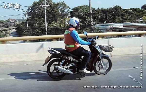 曼谷租摩托車這件事.jpg