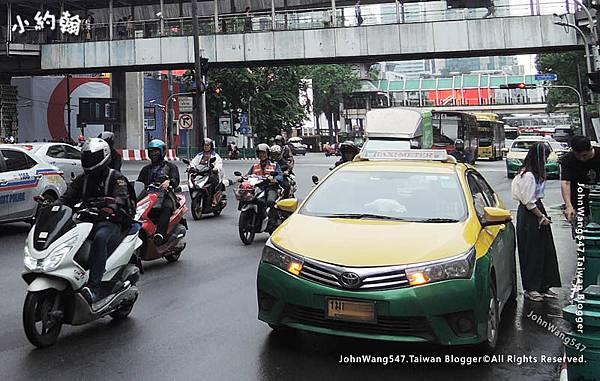 Grab Taxi Thailand2.jpg