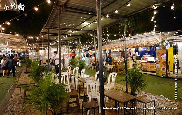 Bangkok ARTBOX Night Market Food1.jpg