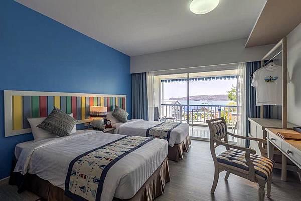 Somewhere Koh Sichang Hotel room.jpg