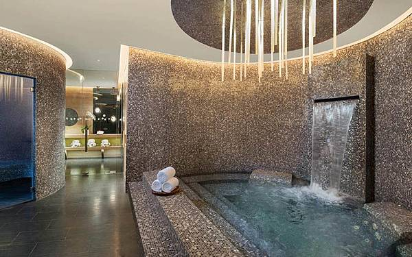 W Hotel Kuala Lumpur sauna.jpg