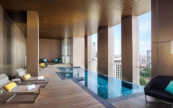 W Hotel Kuala Lumpur pool2.jpg