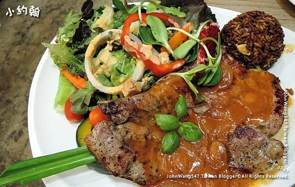 Ohkajhu Organic restaurant Steak Chiangmai.jpg