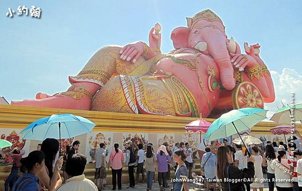 Wat Saman Rattanaram Chachoengsao.jpg