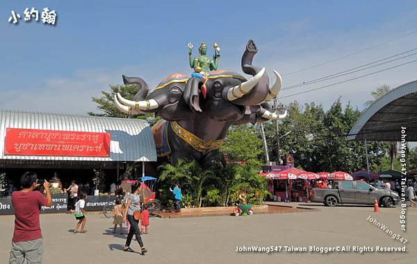 Wat Saman-Indra three-head elephant Airavata.jpg