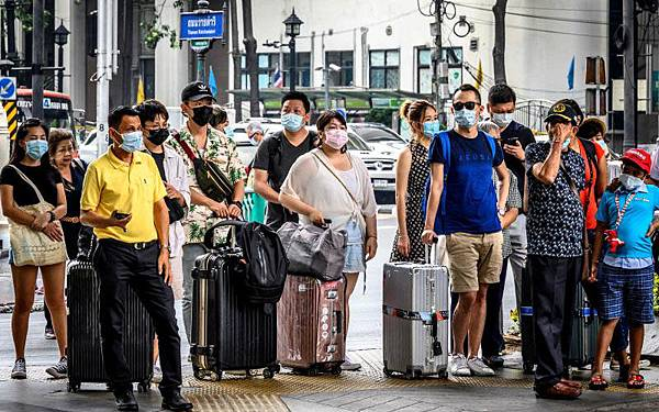 Bangkok facemasks AFP photo.jpg