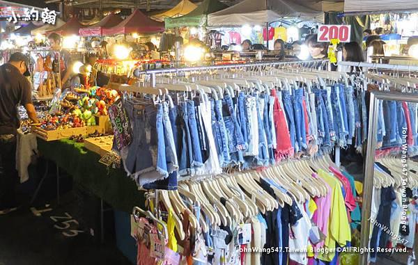 Ratchada Bangkok(Rot Fai Night Market)3.jpg