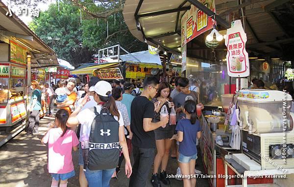 八里老街-老榕碉堡美食區2.jpg