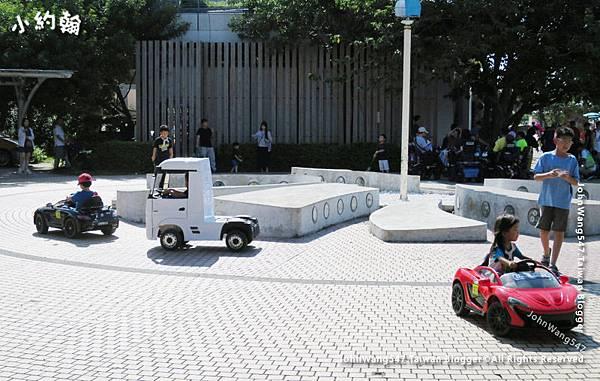 八里老街-遊戲區2.jpg