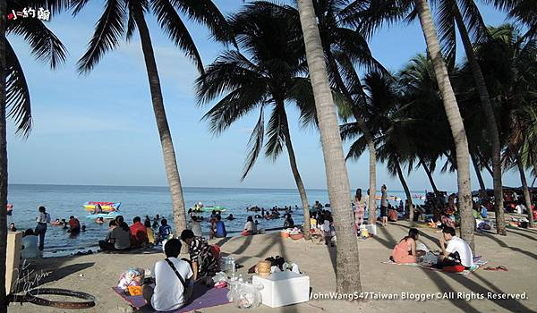 Bangsaen邦盛海灘6月5日重新開放.jpg