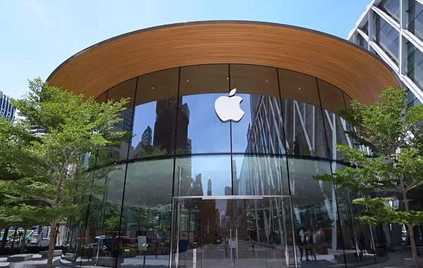 Apple store in Central World Bangkok1.jpg
