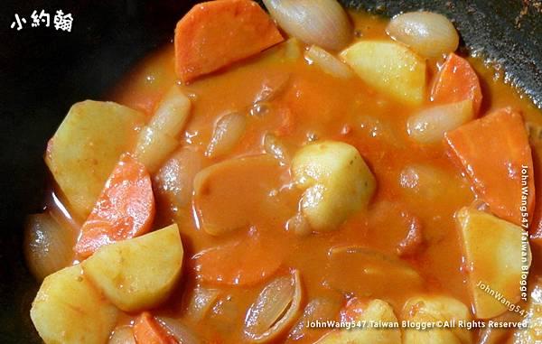 泰式帕能蔬菜咖哩3.jpg
