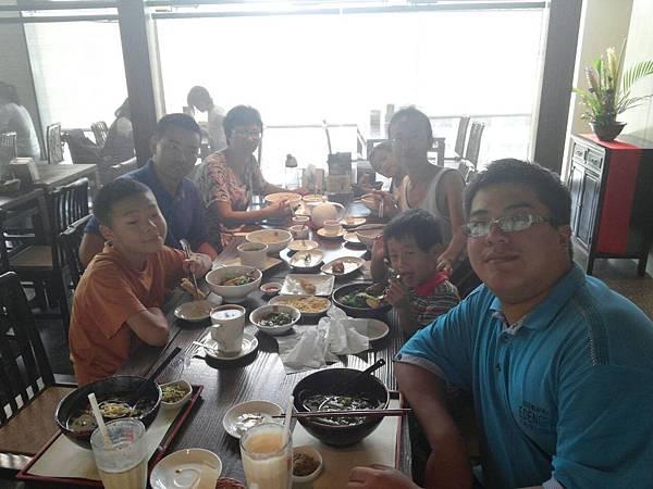 與南京聖徒愛宴