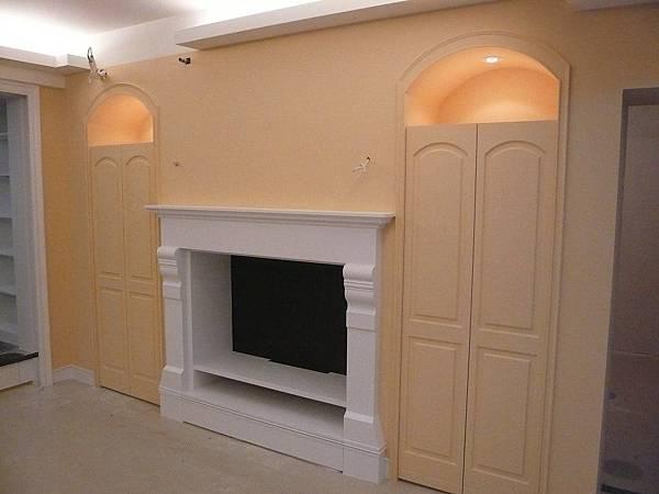 壁爐電視櫃2.JPG