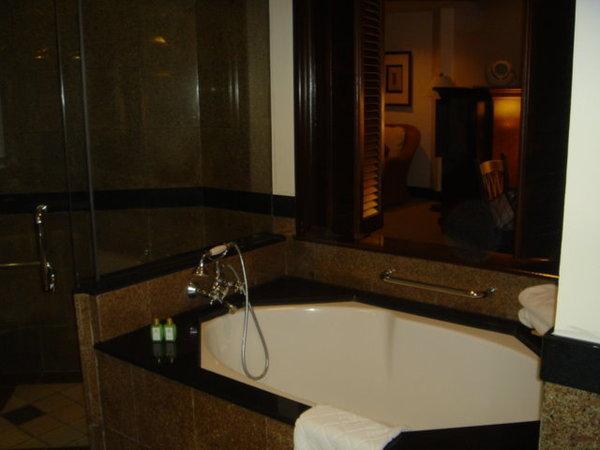 2.20-麥哲倫飯店-浴缸