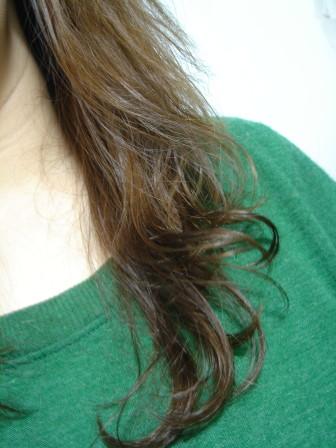 舒妃馬油添加髮質復原調理膠囊-吹乾1.jpg