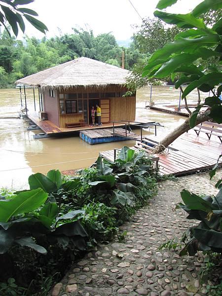 水上的屋子