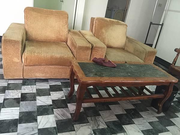 4.沙發.jpg