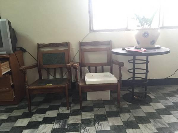 3.椅子及圓桌.jpg