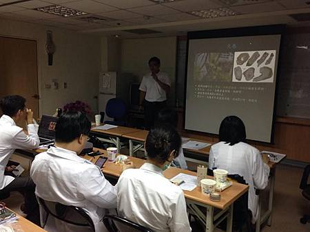 台中榮總傳統醫學科演講20140718-2.jpg