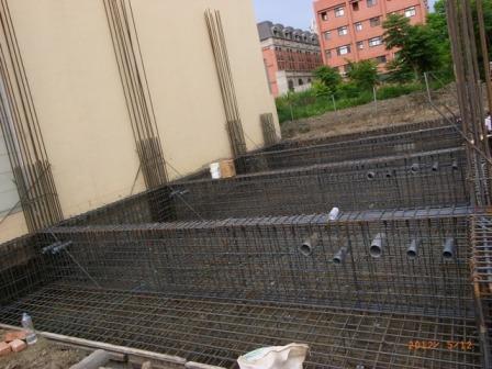 9.預置排水套管