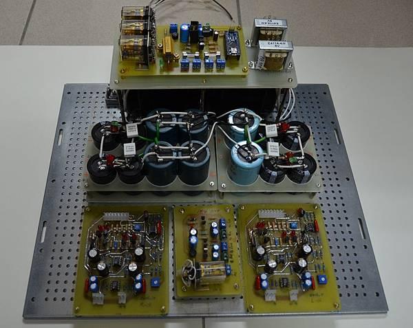 p10-安裝AC電源控制板、喇叭保護器、驅動板.jpg