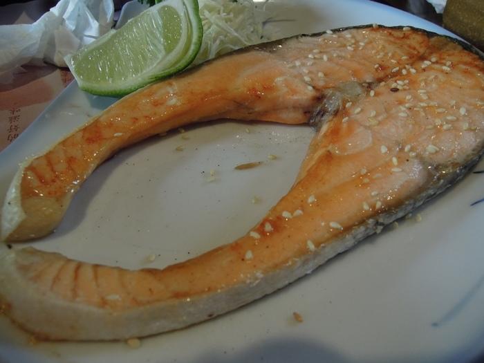 鹽烤鮭魚套餐