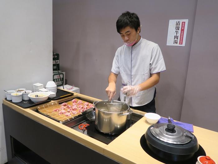 清燙牛肉湯