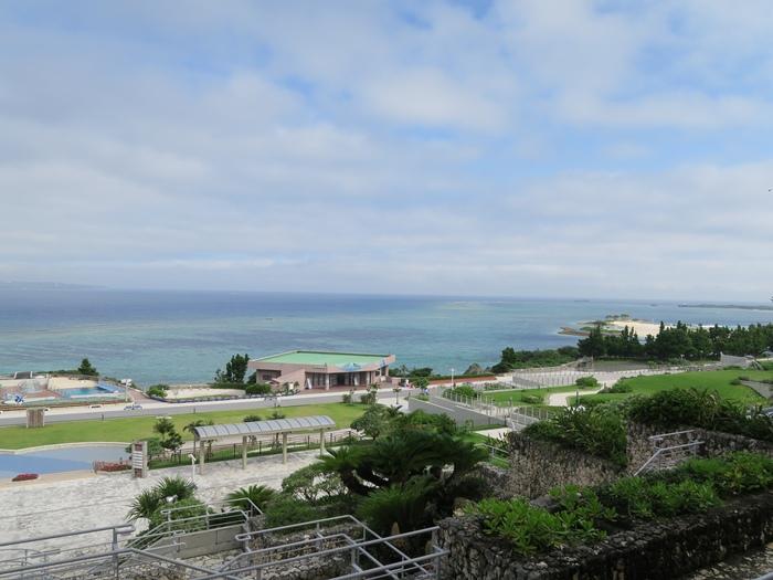 往大海看出去的景色