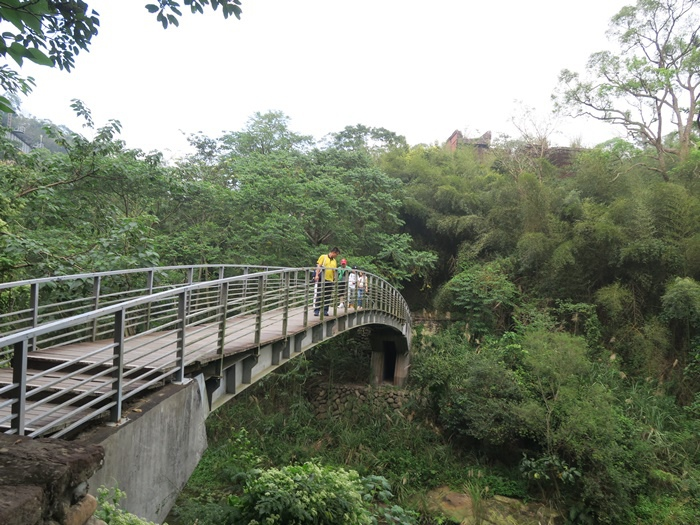 看完剛剛的北斷橋,我們現在要去看南斷橋