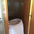 衣櫃裡有備用的被子