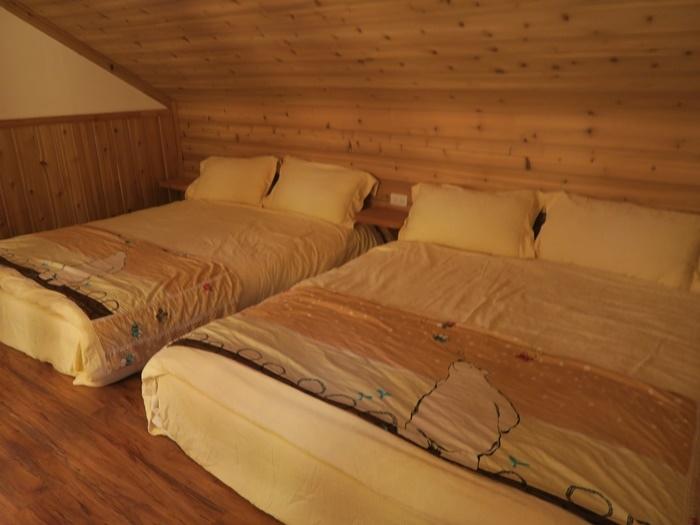樓上的兩張床