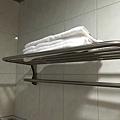 浴室有附毛巾