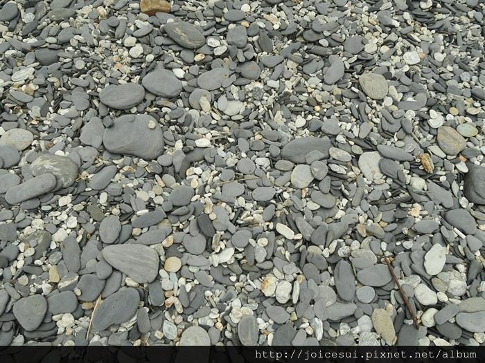 一片一片的石頭