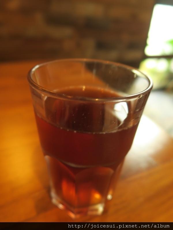 紅茶挺好喝的