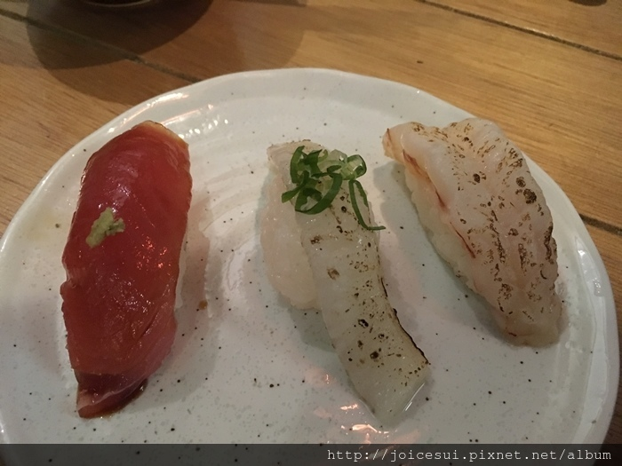 鮪魚40元%2F比目魚緣側40元%2F炙燒天使蝦50元