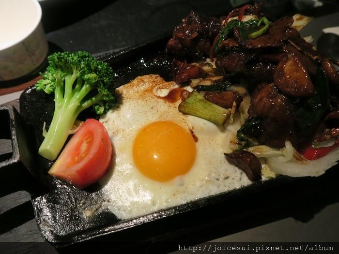 三杯雞風味餐 420元