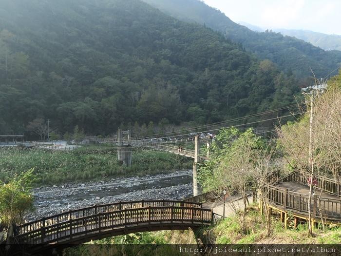 這是等等要回去的路,可以接回清泉吊橋