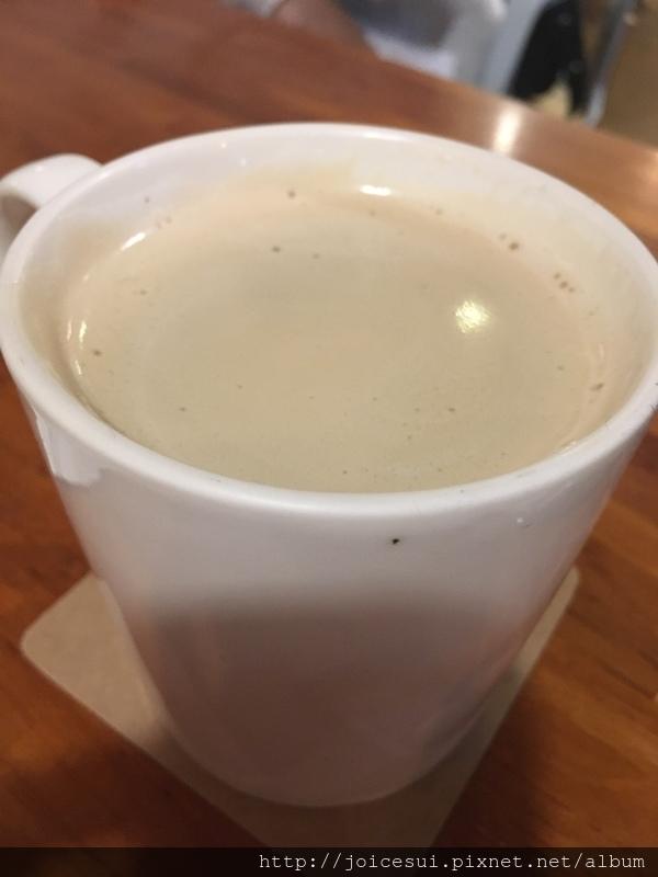 特調鮮奶茶 120元