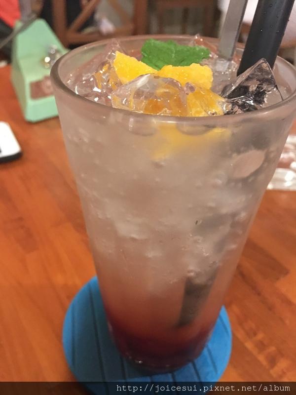 紅石榴水蜜桃 100元