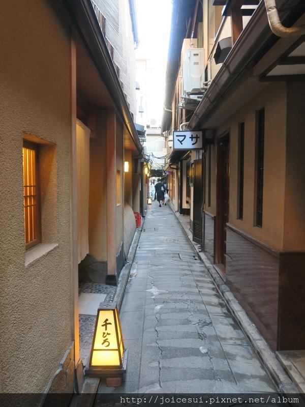 隨便選了一條巷子